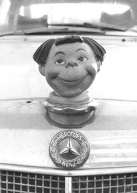 Mercedes-Clown; COPYRIGHT: Christoph Rau, Darmstadt 2004